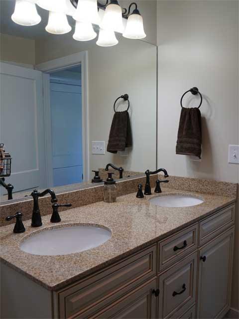 Appomattox master bath vanity in Phenix finished